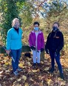 Supervisor and vine squad volunteers